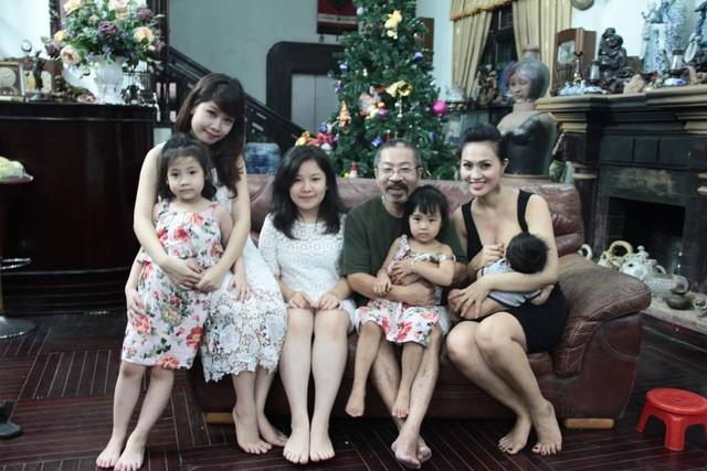 """Cuộc sống của """"đôi đũa lệch"""" nổi tiếng nhất showbiz Việt - Ảnh 3"""