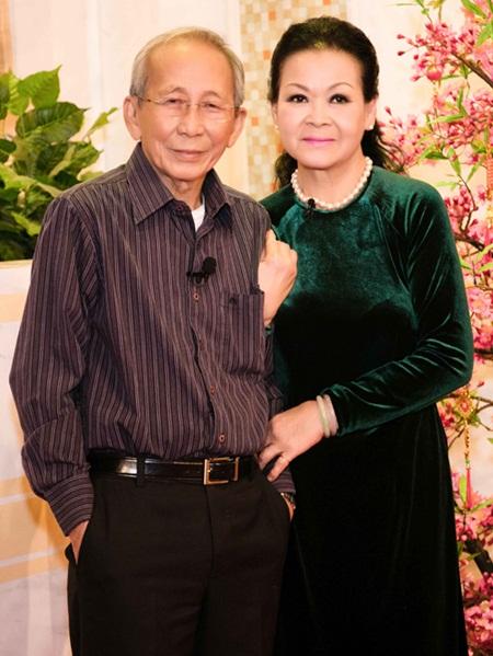 Từ người vợ tào khang đến những bóng hồng tri kỷ của nhạc sĩ Nguyễn Ánh 9 - Ảnh 7