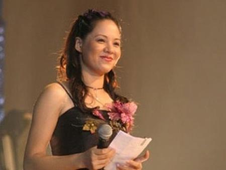 Bất ngờ với nhan sắc sau 20 năm của MC Diễm Quỳnh - Ảnh 12