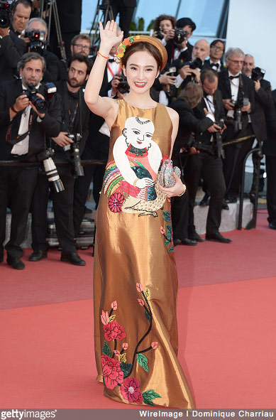 Vừa được khen nức nở tại Cannes, Angela Phương Trinh lại lố lăng phản cảm - Ảnh 1