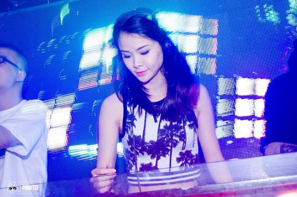 Chuyện đời cô gái vàng Wushu Việt Nam từ giã đấu trường làm DJ nóng bỏng - Ảnh 2