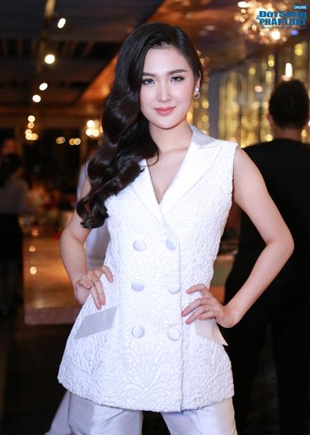Phạm Hương lần đầu ra mắt thí sinh team The Face 2016 - Ảnh 8