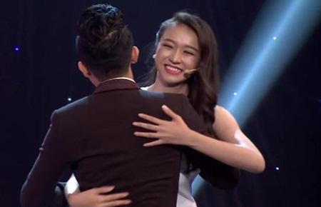 Chuyện ít biết về thí sinh chưa đủ 18 tuổi đi thi Hoa hậu Việt Nam - Ảnh 9