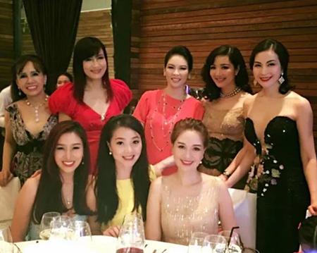 """""""Hội chị em"""" toàn Hoa hậu, Á hậu nổi tiếng của showbiz Việt - Ảnh 6"""