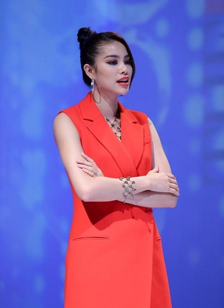 The Face: Phạm Hương và 3 lần loại thí sinh team Lan Khuê - Ảnh 4