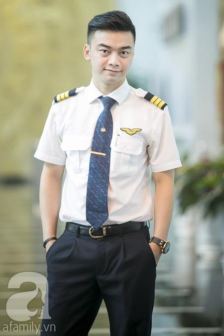 Những ngã rẽ và góc khuất về chàng diễn viên nhí nổi tiếng nay là phi công - Ảnh 3