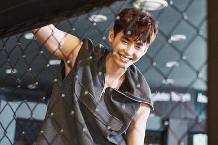 """""""W - Hai thế giới"""" tập 5: Hé lộ hình ảnh trên sàn đấu của Lee Jong Suk - Ảnh 1"""