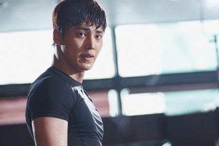 """""""W - Hai thế giới"""" tập 5: Hé lộ hình ảnh trên sàn đấu của Lee Jong Suk - Ảnh 6"""