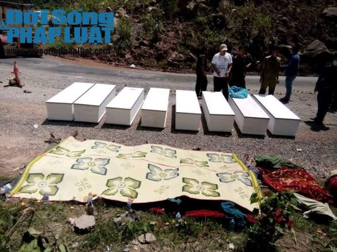 Vụ nổ xe 8 người tử vong: Thi thể 6 nạn nhân đã được đưa về Việt Nam - Ảnh 1