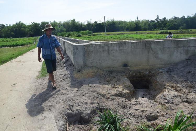 """Trạm bơm thủy lợi tiền tỷ xây xong """"đắp chiếu"""", đồng ruộng khát nước - Ảnh 3"""