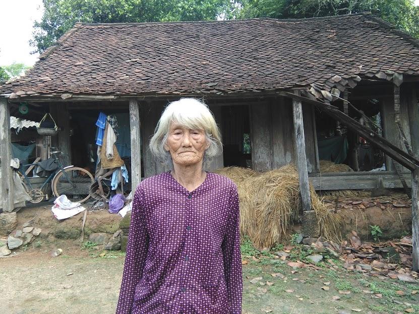 Cụ bà 90 tuổi đau đáu ước mong có ngôi nhà làm nơi thờ cúng - Ảnh 2