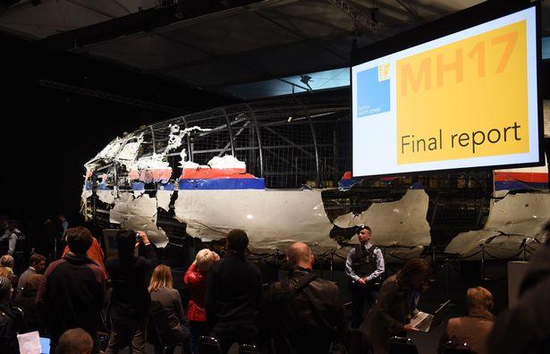 Hành khách máy bay MH17 vẫn sống sót khoảng 90 giây sau vụ nổ - Ảnh 2