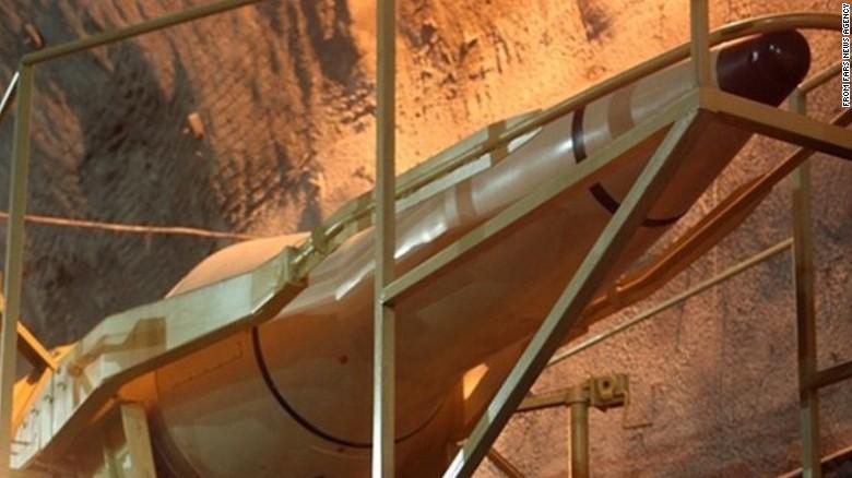 Những hình ảnh hiếm hoi về căn cứ tên lửa ngầm của Iran - Ảnh 2