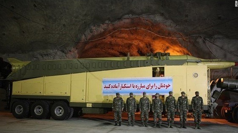 Những hình ảnh hiếm hoi về căn cứ tên lửa ngầm của Iran - Ảnh 3