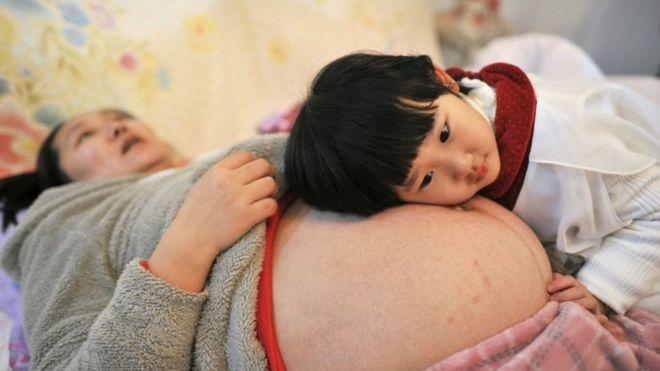 Trung Quốc chấm dứt chính sách một con - Ảnh 1