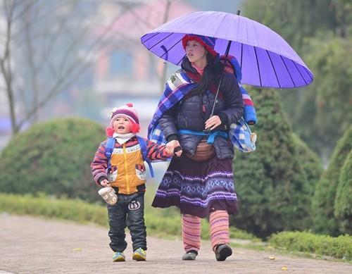 Gió mùa Đông Bắc về, Sapa rét 13 độ dịp cuối tuần - Ảnh 1
