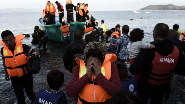 Chìm tàu di cư ngoài khơi bờ biển Thổ Nhĩ Kỳ, 14 người thiệt mạng - Ảnh 1