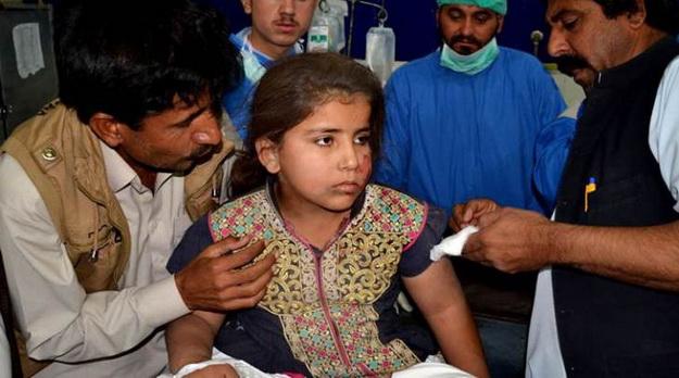 Parkistan: Tàu hỏa trật bánh, ít nhất 167 người thương vong - Ảnh 2