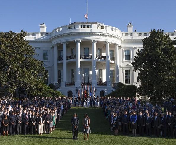 Tổng thống Obama mặc niệm gần 3.000 nạn nhân vụ 11/9 - Ảnh 1