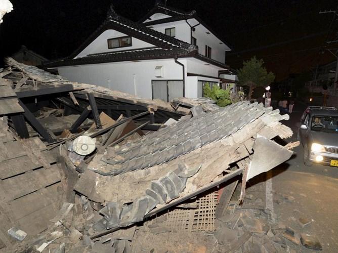 Nhật Bản khắc phục hậu quả động đất khiến hơn 1.000 người thương vong - Ảnh 1