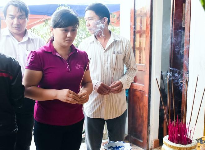 Cô giáo Quảng Ngãi quặn đau khi mất '9 đứa con' - Ảnh 1
