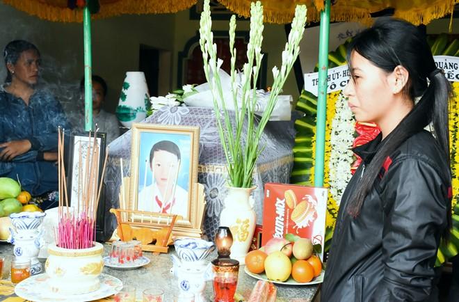 Cô giáo Quảng Ngãi quặn đau khi mất '9 đứa con' - Ảnh 3