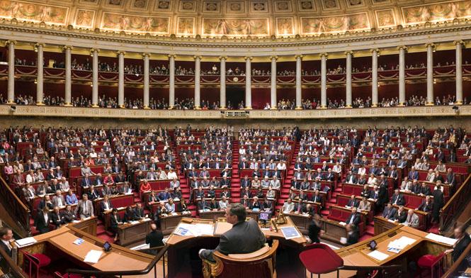 Pháp thông qua nghị quyết kêu gọi dỡ bỏ lệnh trừng phạt đối với Nga - Ảnh 1