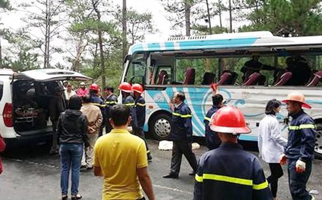 Hiện trường tai nạn trên đèo Prenn khiến 8 người tử vong - Ảnh 4