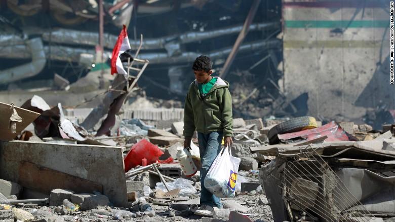 Đánh bom liều chết tại Yemen, ít nhất 42 người thiệt mạng - Ảnh 1