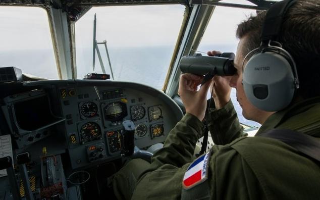 Ai Cập thu hẹp phạm vi tìm kiếm máy bay MS804 mất tích - Ảnh 2
