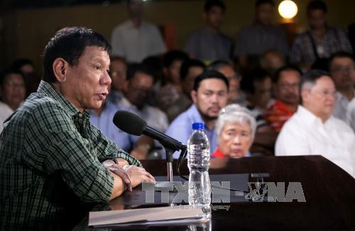 Tổng thống Phillippines không từ bỏ quyền đối với bãi cạn Scarborough  - Ảnh 1