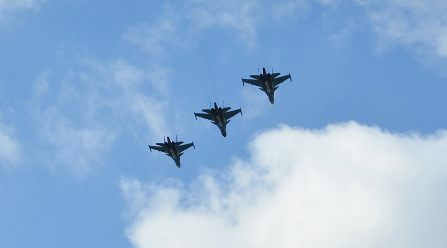 Nga hỗ trợ trên không cho quân đội Syria tại Aleppo - Ảnh 1