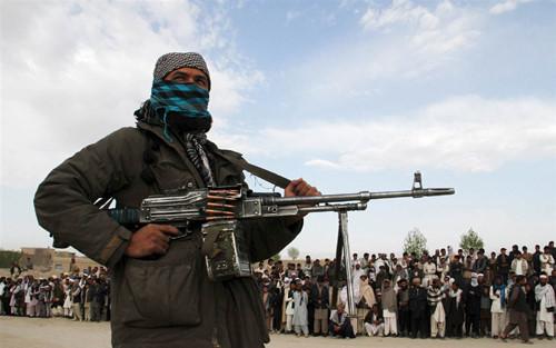 Afghanistan: Taliban sát hại 12 con tin - Ảnh 1