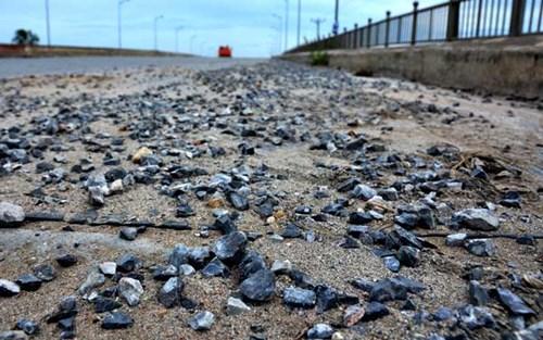 Bê tông cốt xốp ở cầu vượt đường sắt Hà Nội - Ảnh 8