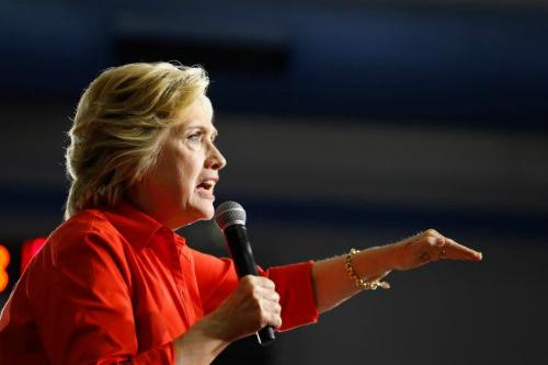Bà Clinton cáo buộc Nga đột nhập mạng máy tính đảng Dân chủ - Ảnh 1