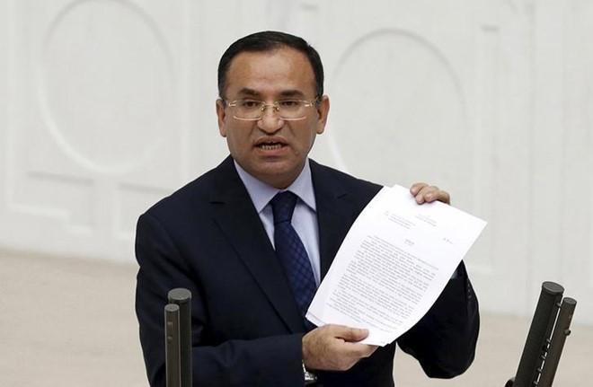 Thổ Nhĩ Kỳ phát gần 200 lệnh bắt nghi phạm tài trợ đảo chính - Ảnh 2