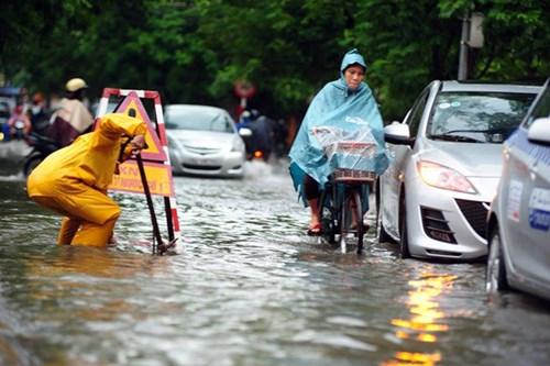 Đề xuất các mô hình, giải pháp chống ngập cho thành phố Hà Nội - Ảnh 2
