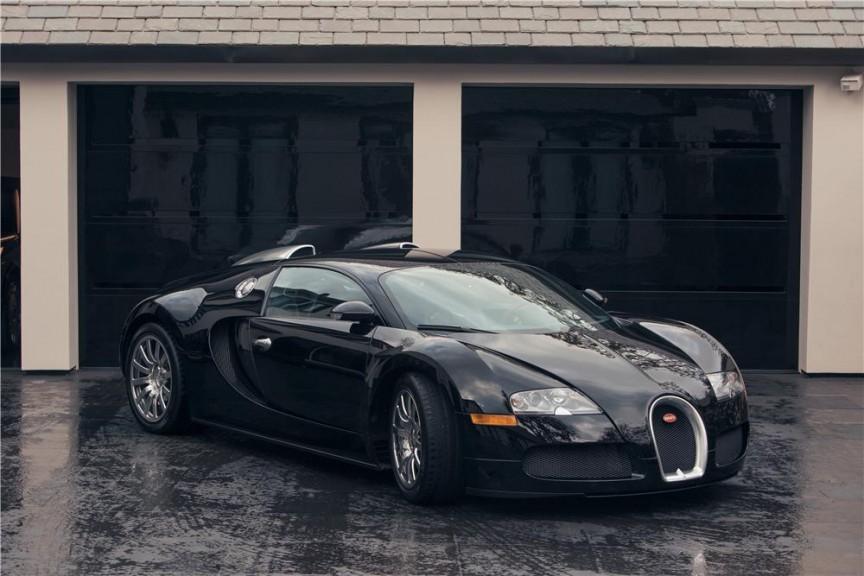 """""""Bỏng mắt"""" với 10 """"ông hoàng tốc độ"""" Bugatti của các siêu sao - Ảnh 1"""