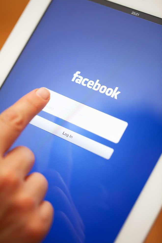 """Facebook """"bỏ túi"""" 5,4 tỷ USD, phát triển ứng dụng camera mới - Ảnh 1"""