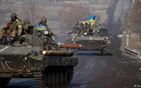 Xung đột lại bùng phát ở miền Đông Ukraine, 7 binh sĩ thiệt mạng - Ảnh 1