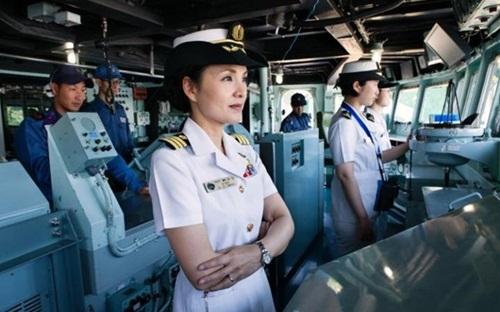 Chuyện đời nữ hạm trưởng tàu chiến đầu tiên của Nhật Bản - Ảnh 1