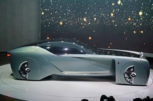 Ra mắt mẫu xe Rolls-Royce 103EX tự lái hạng sang - Ảnh 1