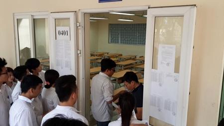 Thí sinh cả nước bắt đầu môn thi đầu tiên kỳ thi THPT quốc gia 2016 - Ảnh 2