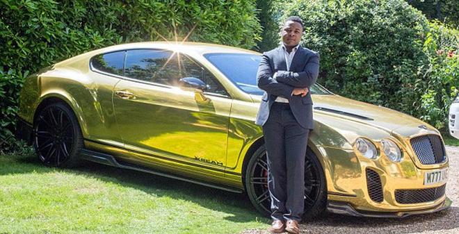 """Triệu phú 19 tuổi sở hữu siêu xe mạ vàng khiến thiên hạ """"thèm thuồng"""" - Ảnh 1"""