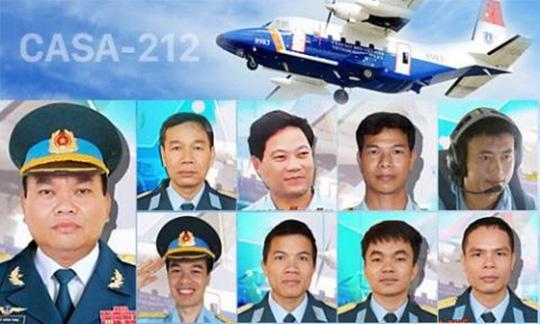 Hà Nội khóc tiễn biệt phi hành đoàn CASA 212 - Ảnh 1