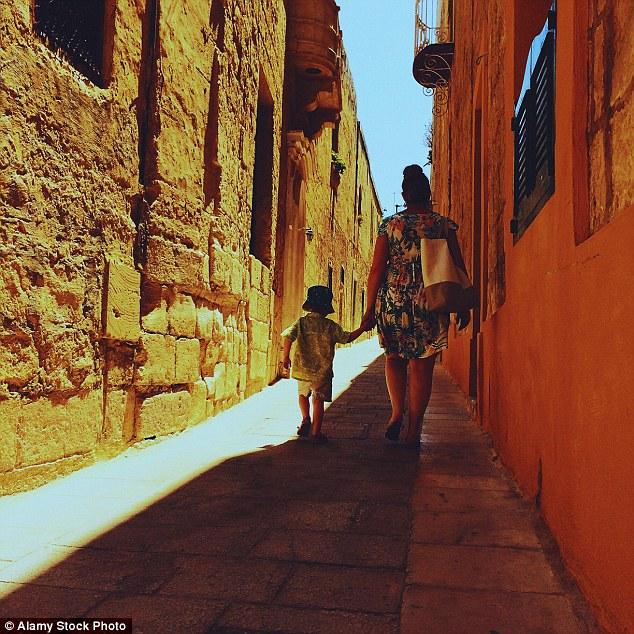 Những bức hình khiến bạn muốn bay tới Malta ngay trong mùa hè này - Ảnh 10
