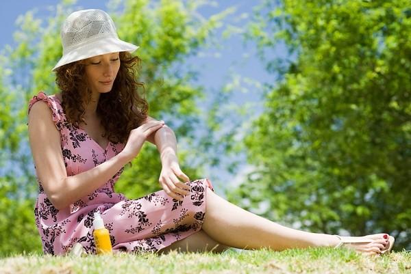 Làm việc liên tục ngoài trời nắng, coi chừng ung thư da - Ảnh 3