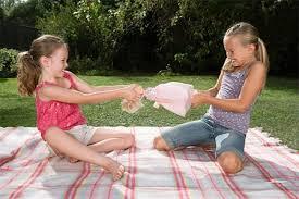 Chiêu cực dễ dạy con không tranh cướp đồ chơi, không ăn vạ - Ảnh 1