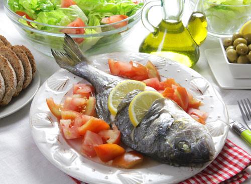 Những thực phẩm giúp tăng cường trí nhớ cho con trong mùa thi - Ảnh 1