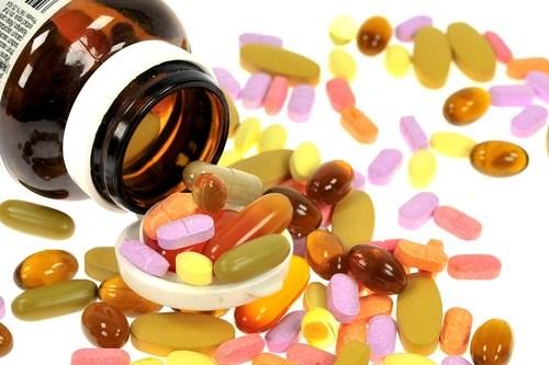 Cha mẹ nên chọn tắm nắng hay uống vitaminD để hỗ trợ sự phát triển của bé - Ảnh 3